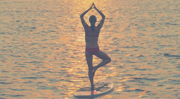 SUP yoga pose tree